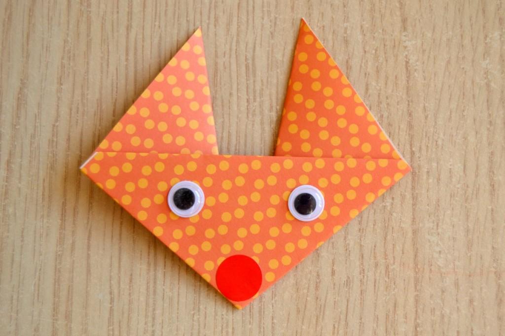 faire un renard en origami activit enfants maman tout faire. Black Bedroom Furniture Sets. Home Design Ideas