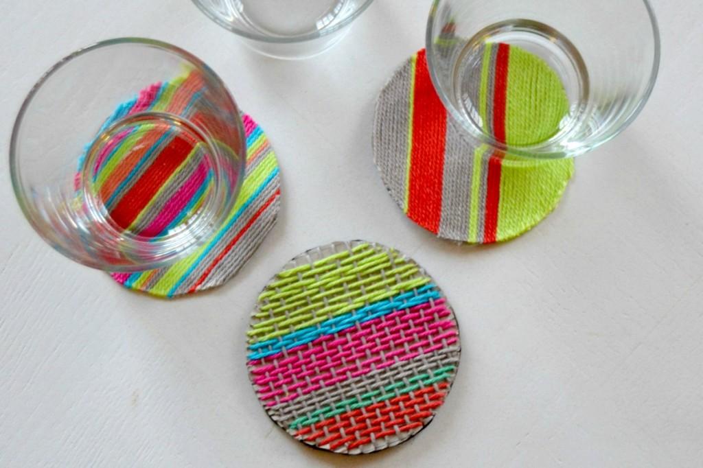 sous-verres en laine tissée