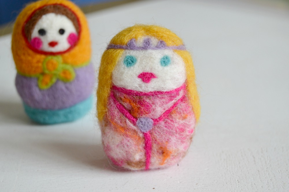 poupées laine feutrée