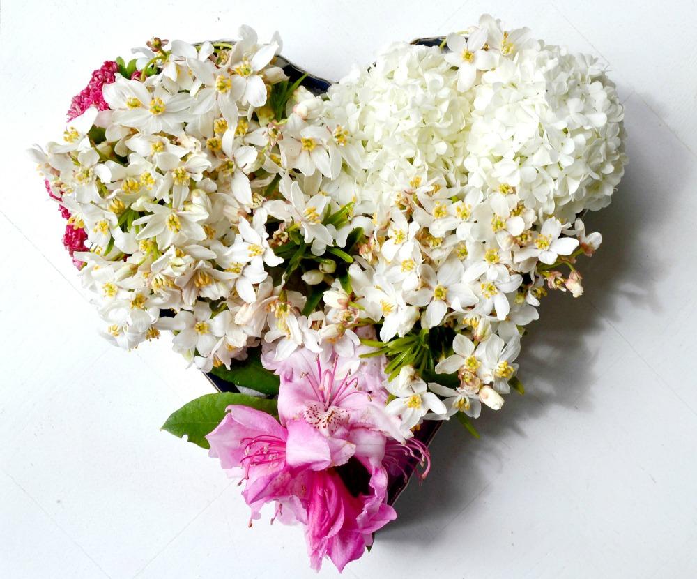 coeur de fleurs fraiches