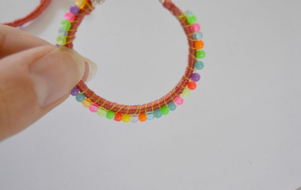 boucles perles de rocailles