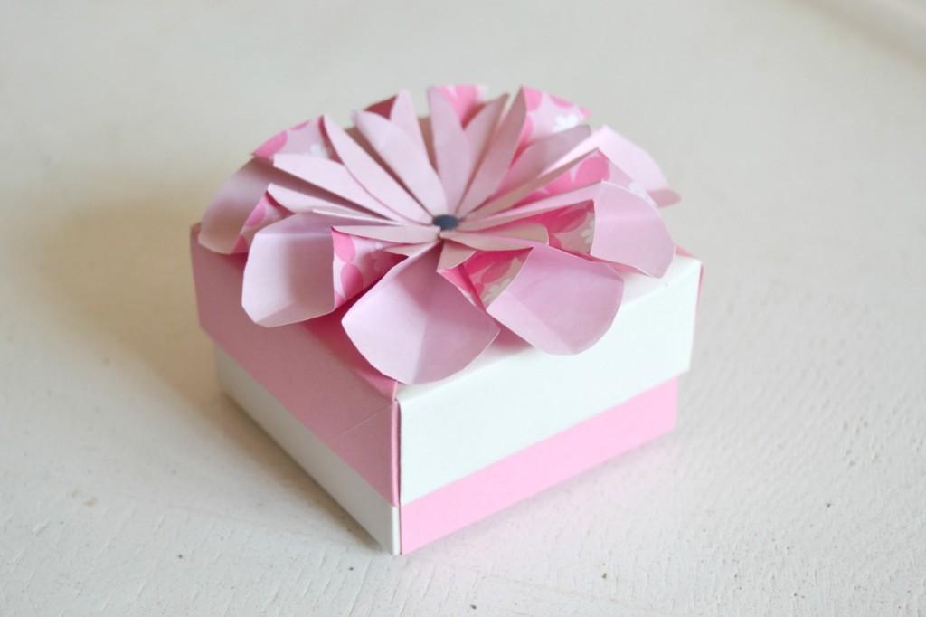 boite fleur papier