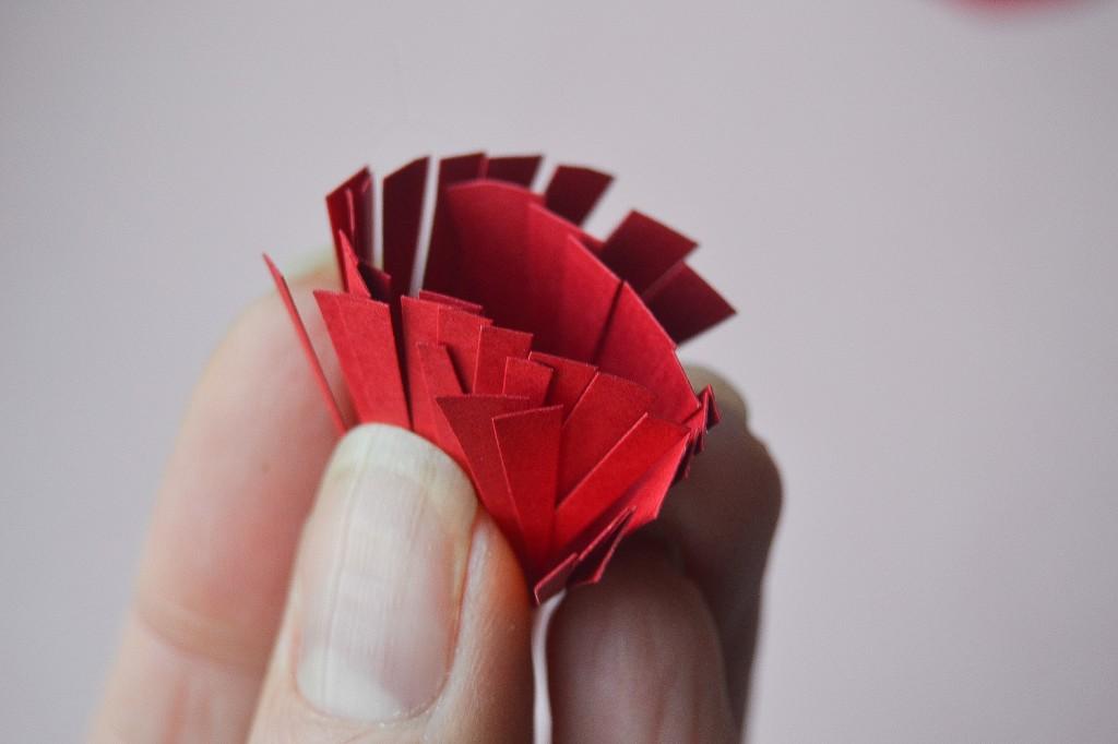 fleur en papier - étape 3
