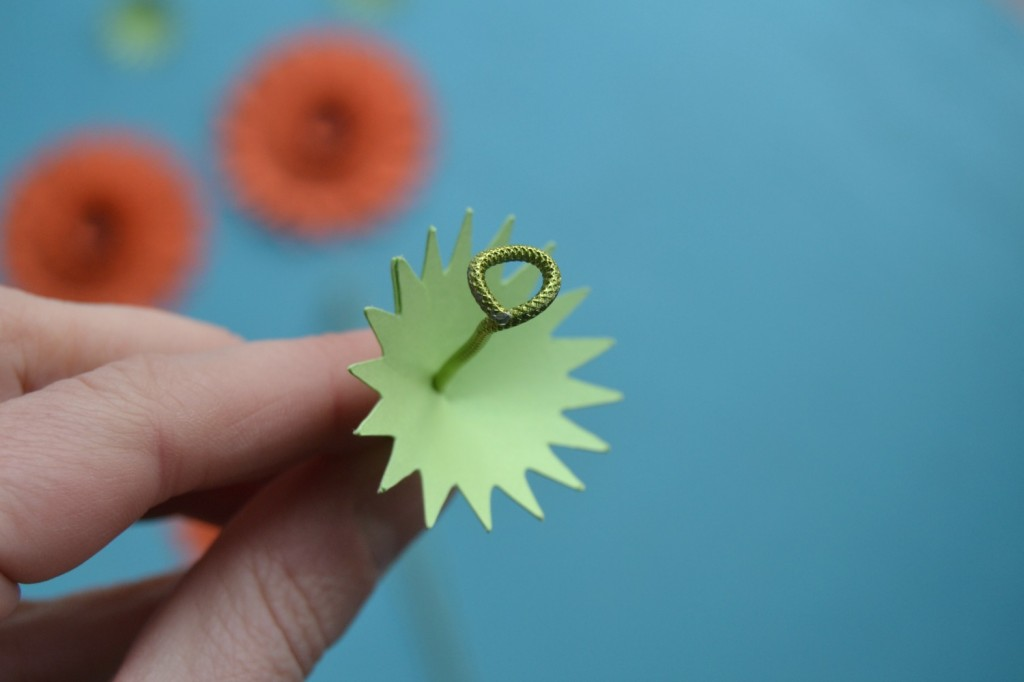 tige de fleurs en papier