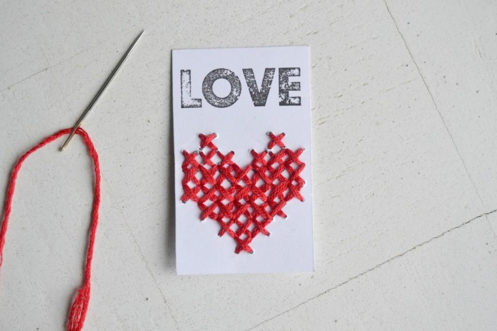 coeur à broder papier