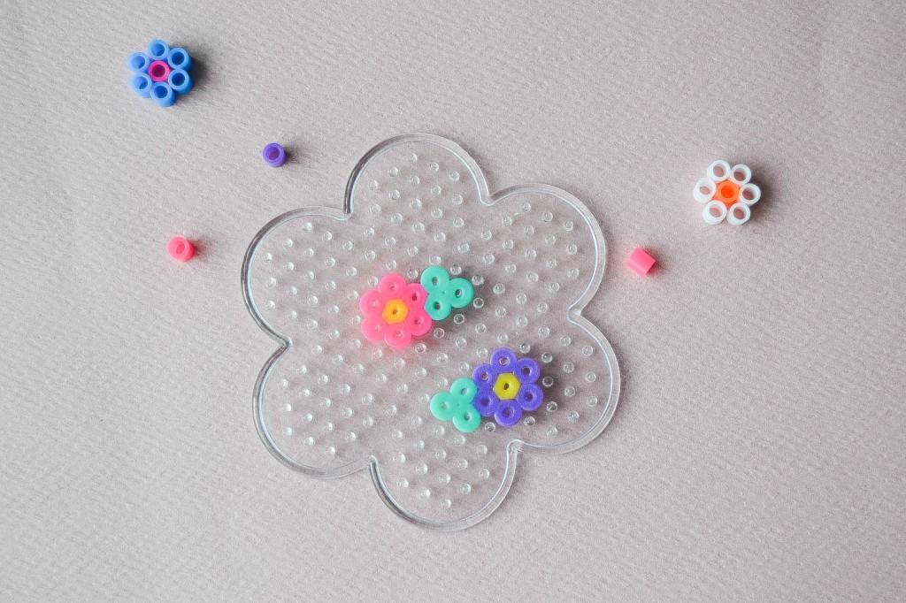 fleurs perles hama