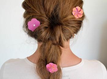 fleurs en papier cheveux