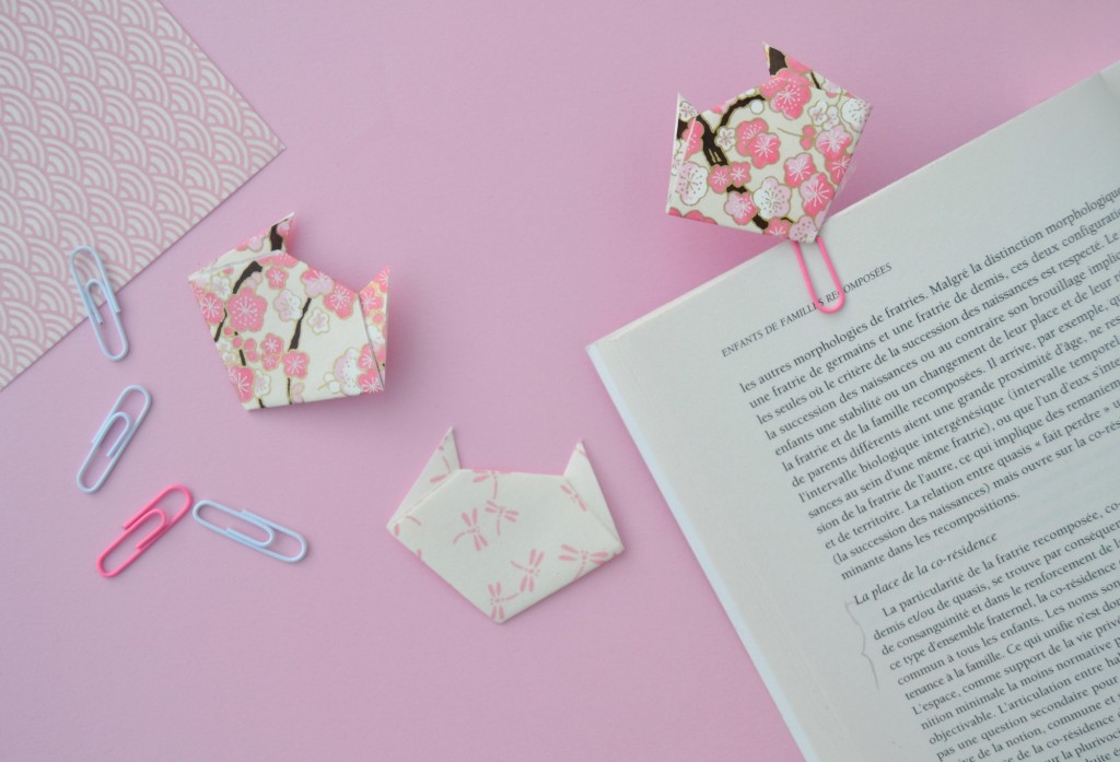 marque page en origami les petits chats maman tout faire. Black Bedroom Furniture Sets. Home Design Ideas