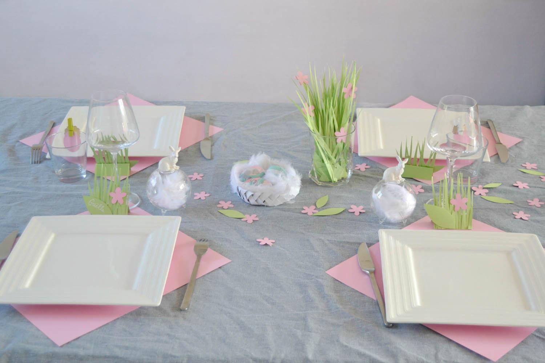 Table de p ques printani re maman tout faire - Decoration table de paques ...