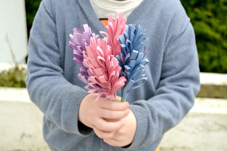 Bouquet de jacinthes en papier maman tout faire for Bouquet de fleurs 2016