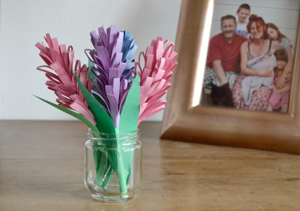 vase fleurs en papier