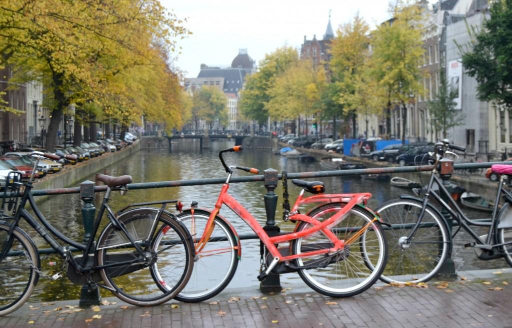 pont vélos amsterdam