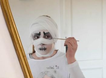 instagram maquillage momie