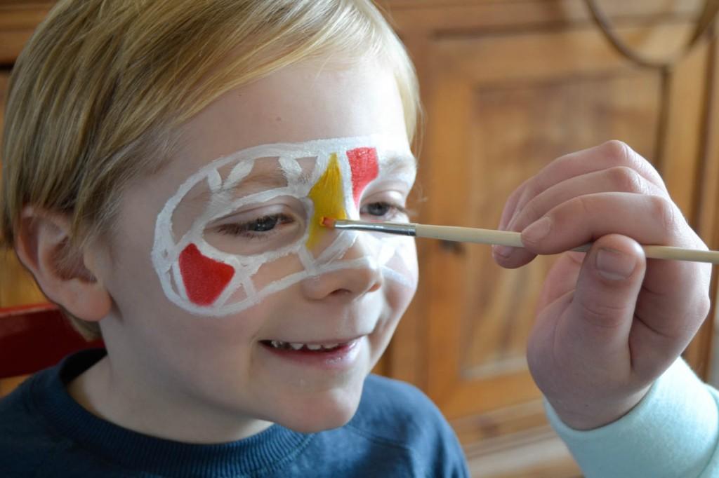 masque arlequin peinture visage