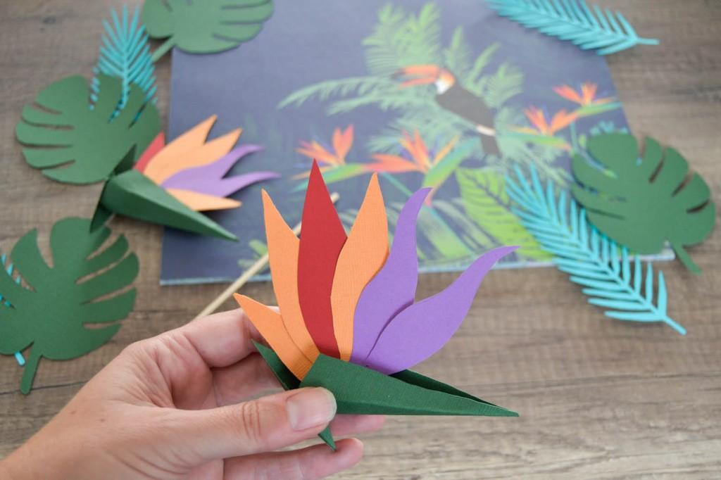 fleur oiseau du paradis en papier