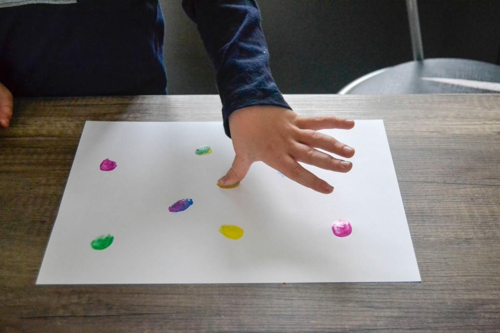 faire de la peinture à doigt